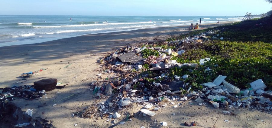 plastic-pollution-exports