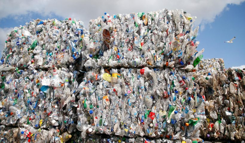 California wants to ban misleading recycling labels. Plastic companies don't.